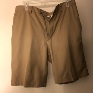 PGA TOUR MENS SHORTS DRI FIT SIZE 32 WAIST